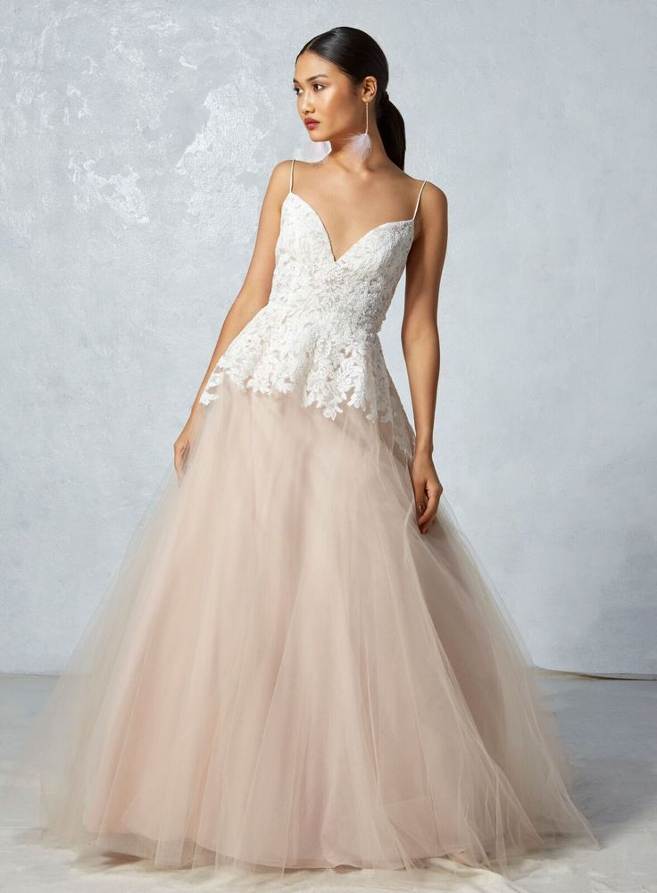 00c0d7e835d2ef1f23a4d24ad578fe88--blush-wedding-dresses-blush-weddings